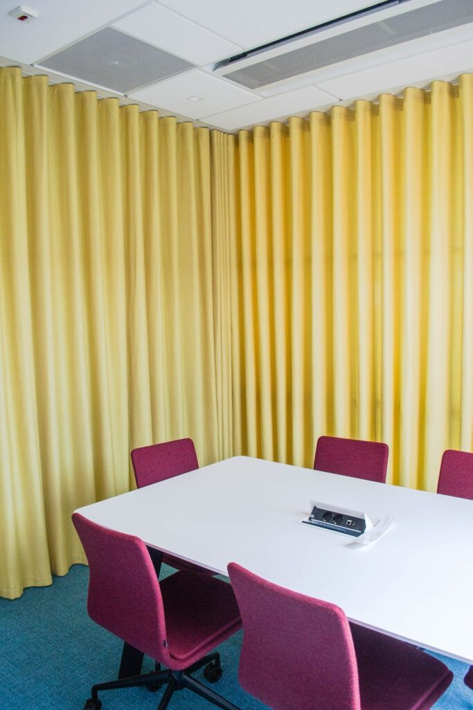 projektowanie biura warszawa 60