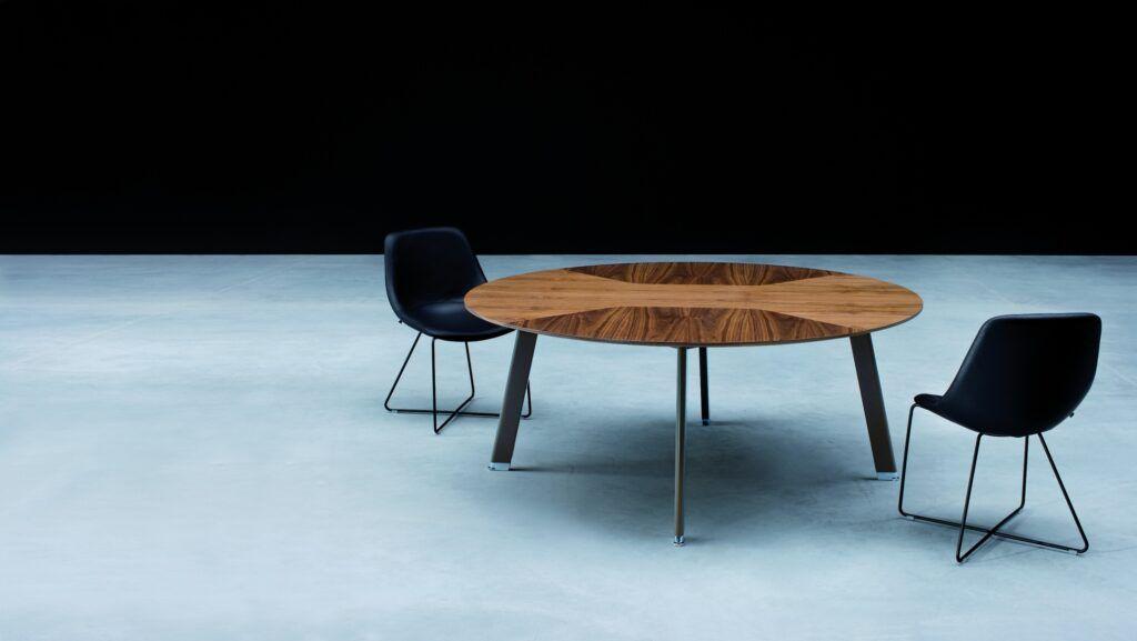 Biurko wsparte na szafce, stół konferencyjny System: Simplic